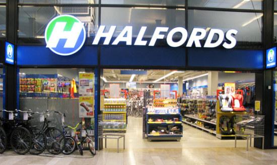Halfords vestigingen die open blijven