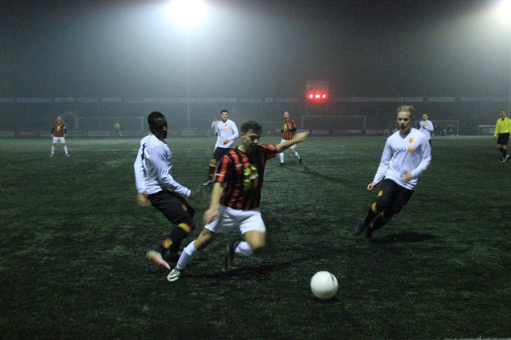 Stadse sportvelden krijgen LED-verlichting | OOG Radio en Televisie