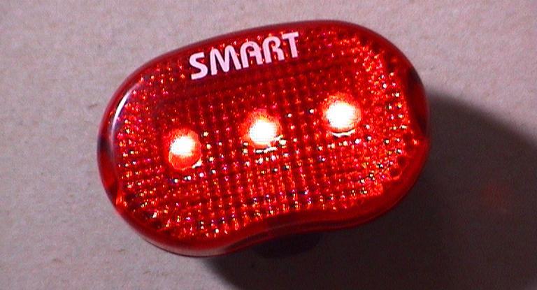 Licht Voor Fiets : Fietsers op de bon wegens rijden zonder licht oog radio en televisie