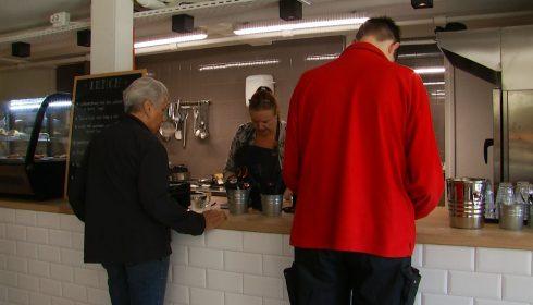 Selwerd heeft buurtrestaurant in studentenflat - OOG Radio en Televisie - Oog TV