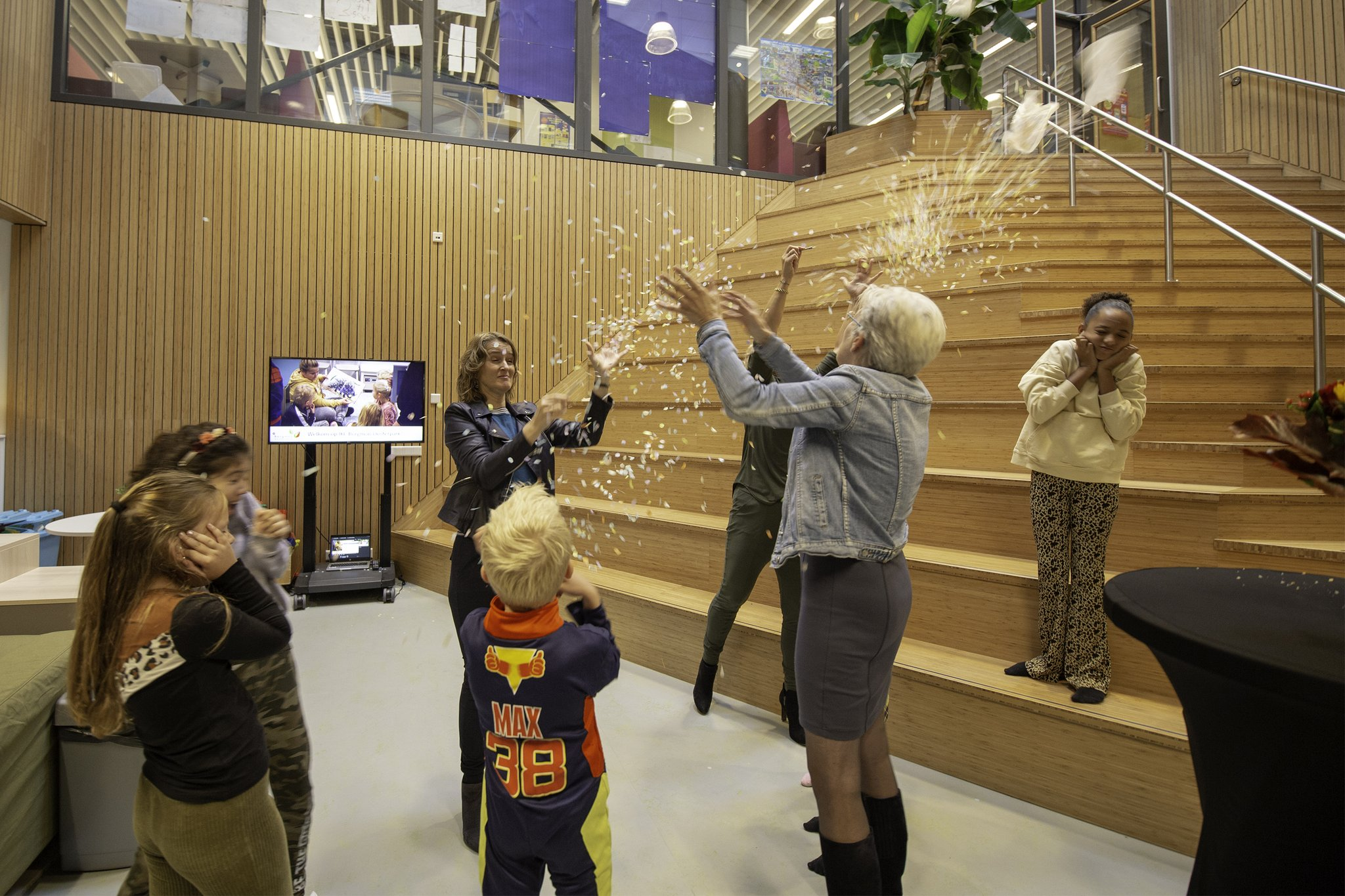 Het Integraal Kindcentrum Borgman in de Oosterparkwijk officieel geopend